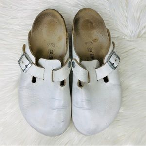 Birkenstock • Boston White Leather Closed Toe